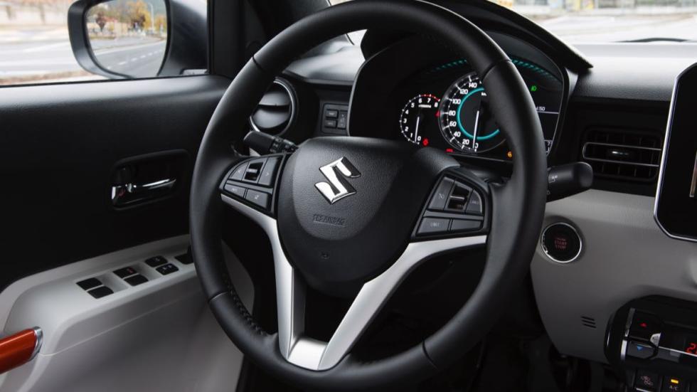 Suzuki Ignis 2017 volante
