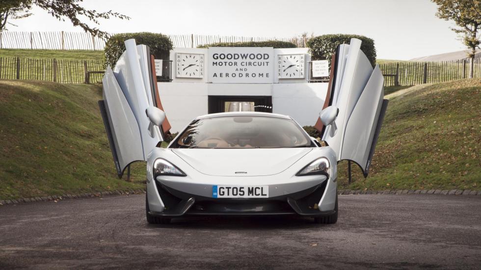 McLaren 570GT plata deportivo lujo altas prestaciones superdeportivo plata