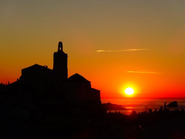 Iglesia de Cadaqués.