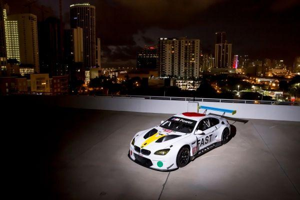 BMW Art Car por John Baldessari.