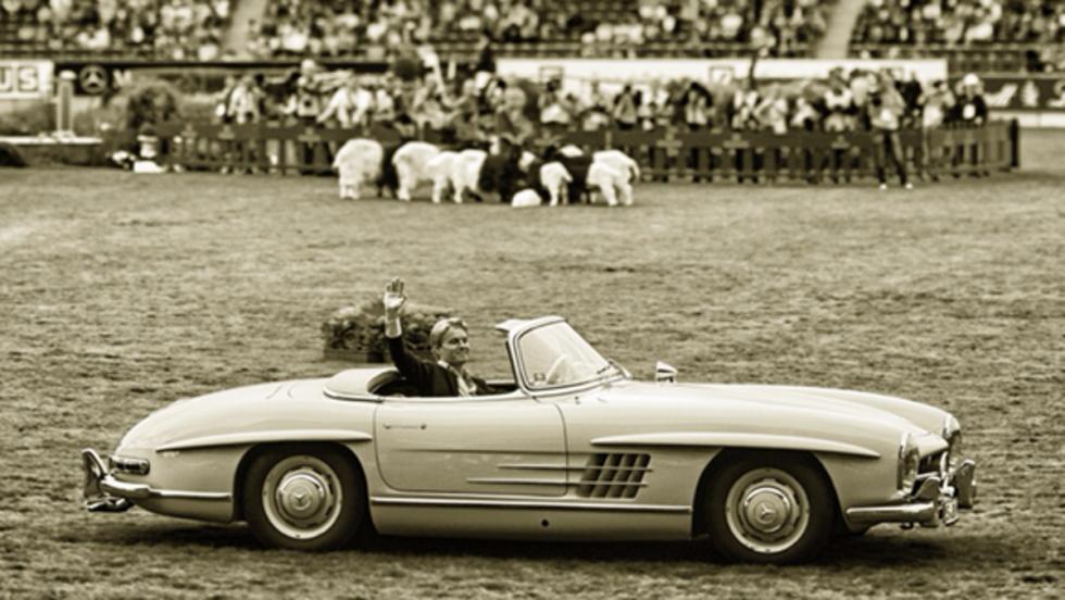 Rosberg, al volante de un Mercedes SL Roadster del 1958 en el Festival de Aachen