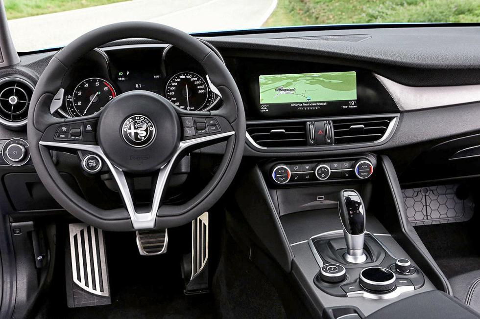 Prueba: Alfa Romeo Giulia Veloce. El deportivo equilibrado.