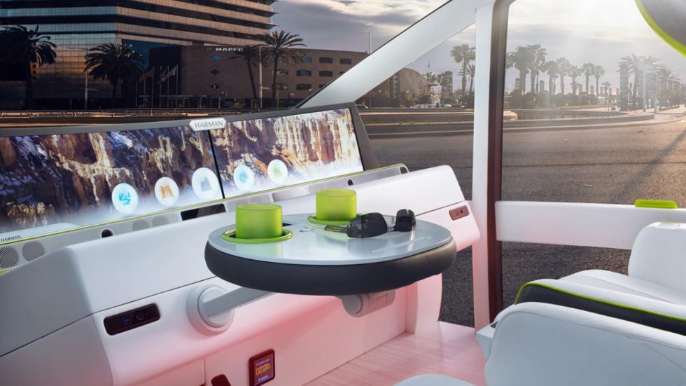 Rinspeed Oasis Concept interior modo autónomo