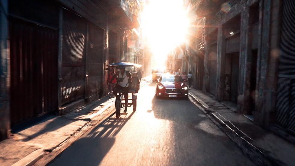 Infiniti Q60 en Cuba
