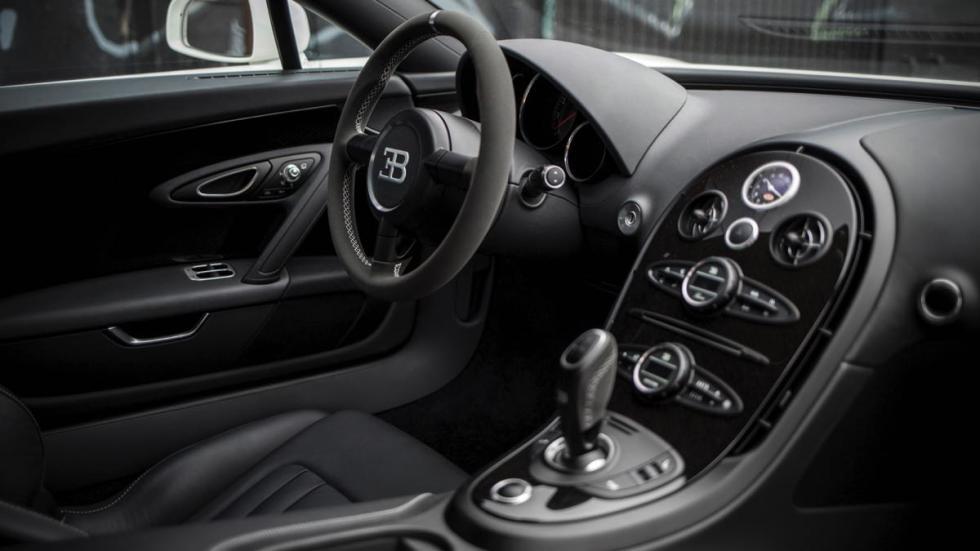 Bugatti Veyron Super Sport 2013 interior