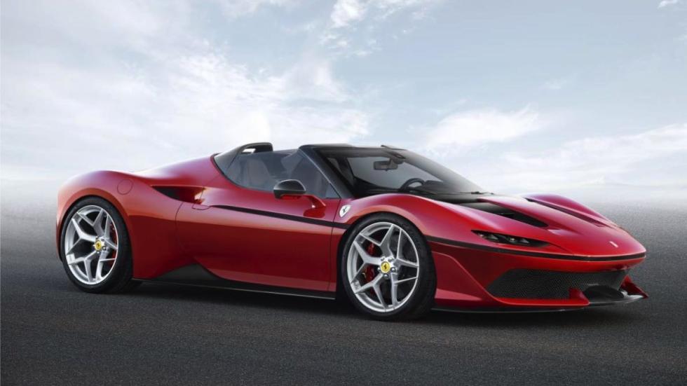 Ferrari J50 tres cuartos