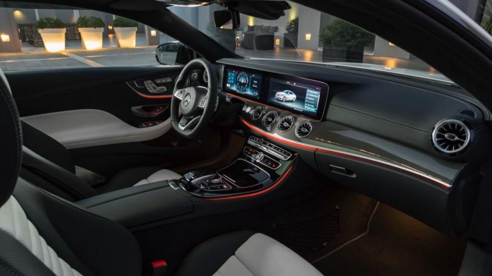 Mercedes Clase E Coupé 2017 interior