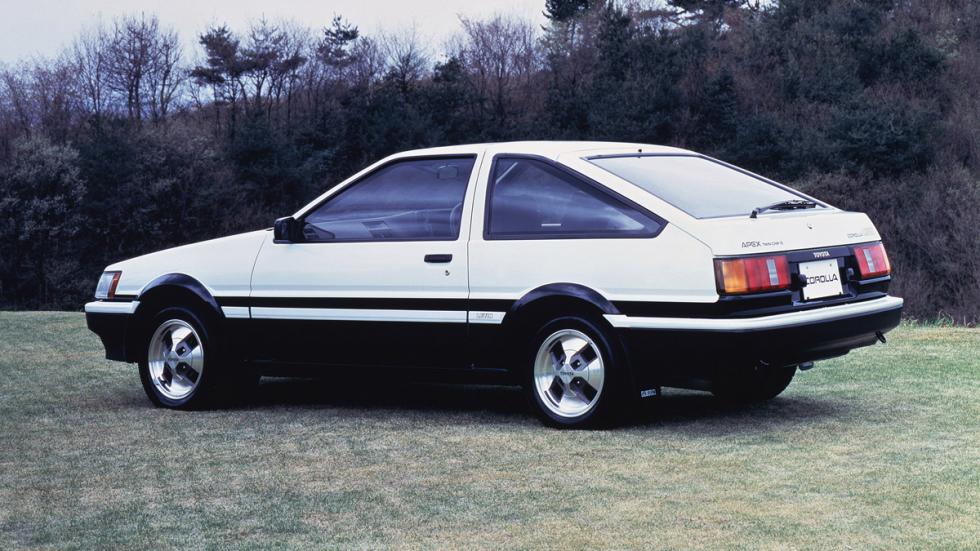 mejores-toyota-historia-Toyota-Corolla-ae86