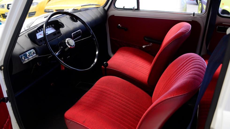 Seat-850-D-habitáculo