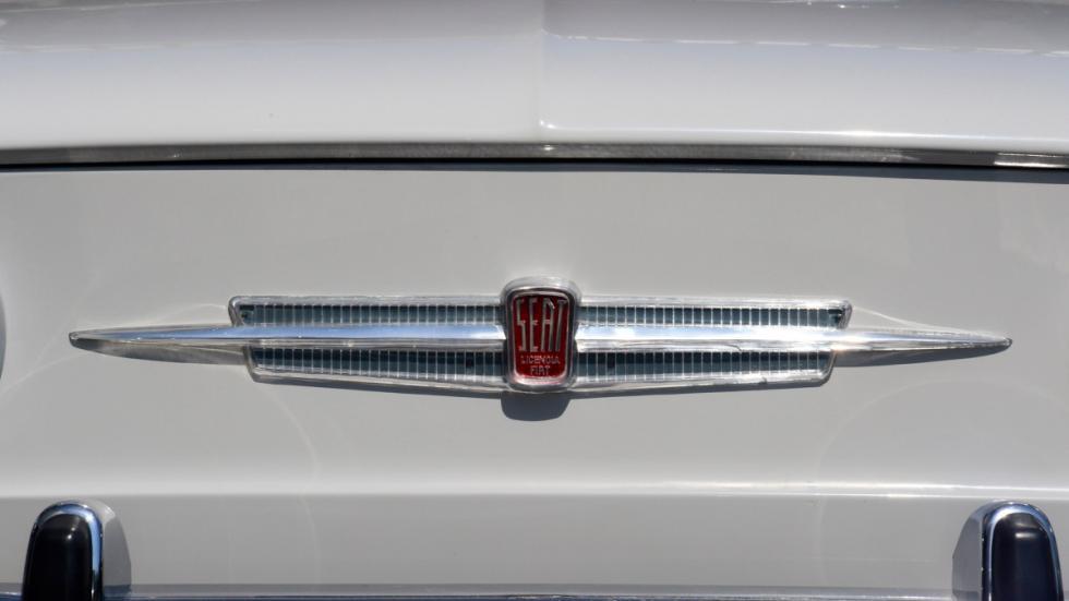 Seat-850-D-logo-frontal-Seat