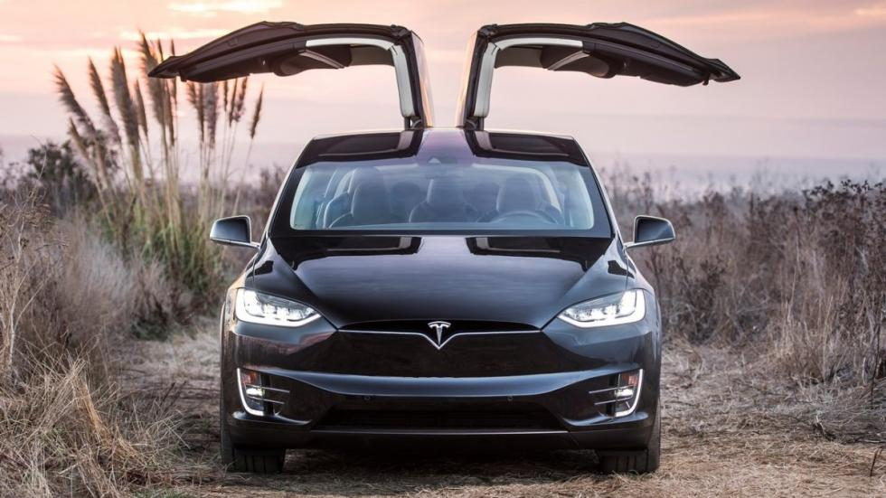 Cinco virtudes y un defecto del Tesla Model X