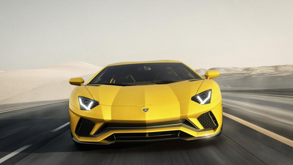 Lamborghini Aventador S morro