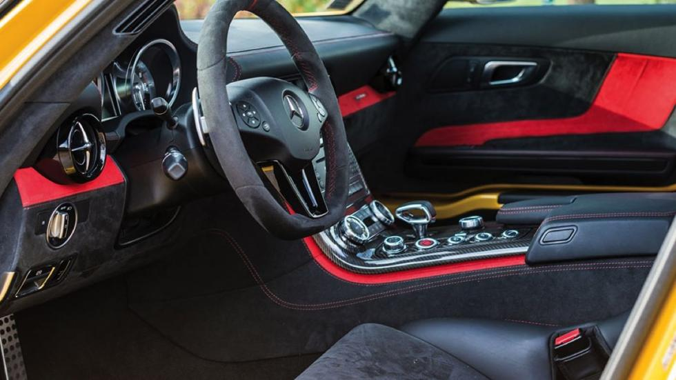 Mercedes SLS AMG Black Series interior