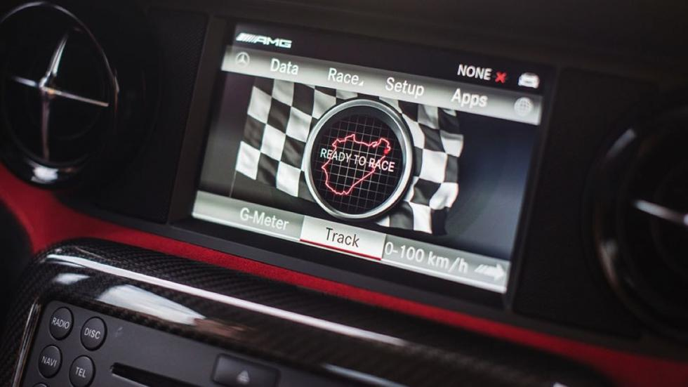 Mercedes SLS AMG Black Series pantalla