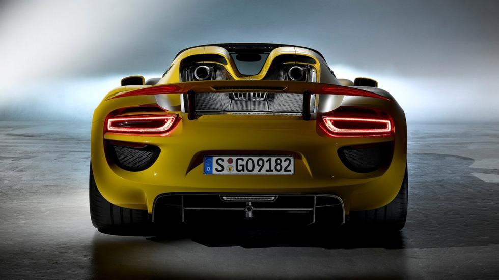 identifica-coches-volante-Porsche-918-spyder-zaga