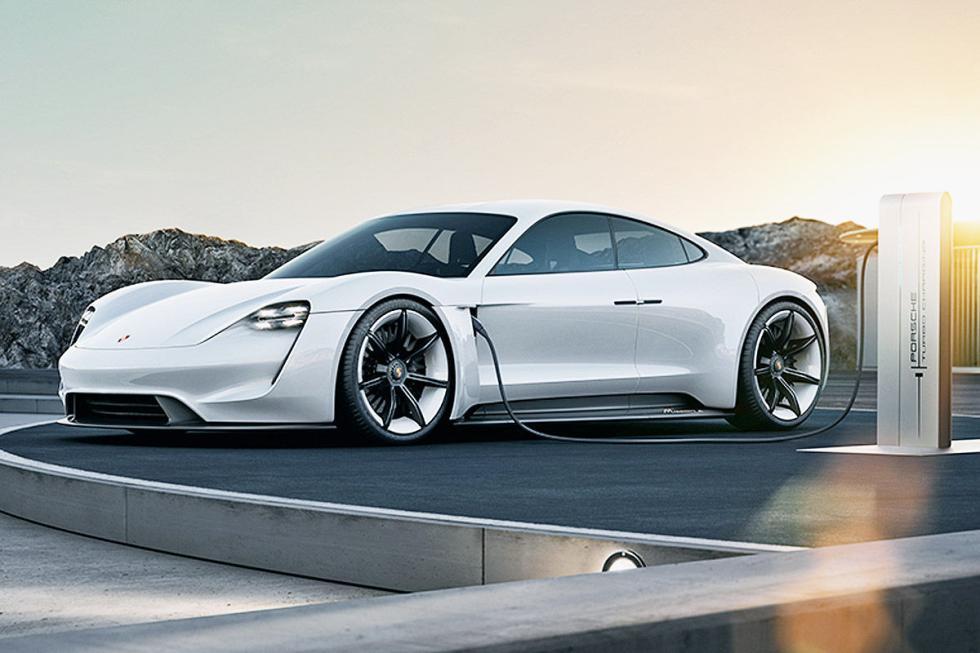 Porsche Studie Mission E. La marca dice que en 2020 tendrá un cuatro puertas elé