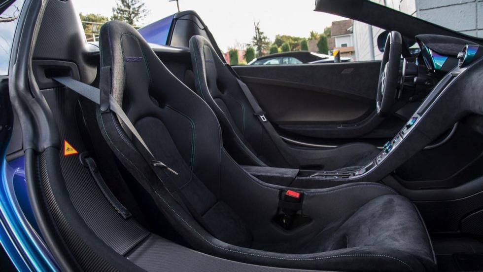 McLaren 675LT Spider asientos