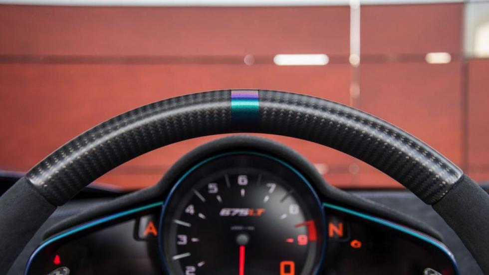 McLaren 675LT Spider reloj