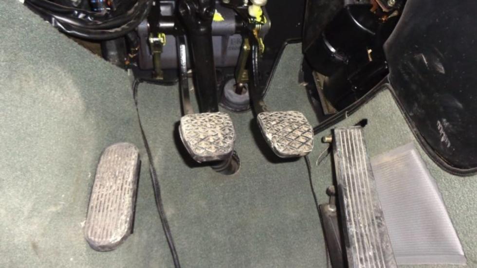 BMW M1 pedales