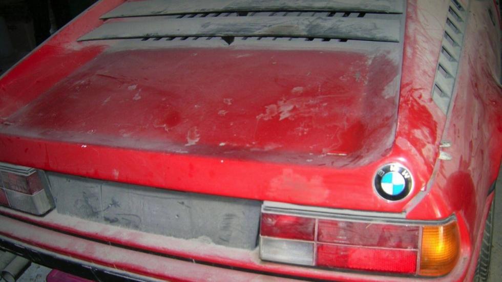 BMW M1 trasera