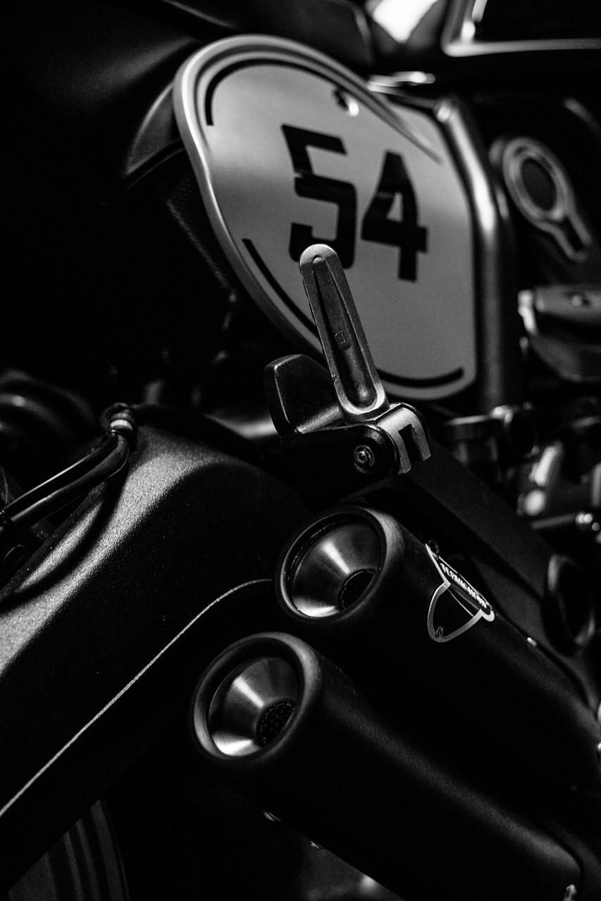 Ducati-Scrambler-Cafe-Racer-2017-5