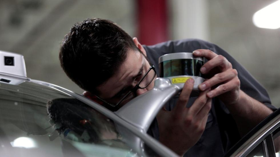 Ford Mondeo Hybrid test autónomo