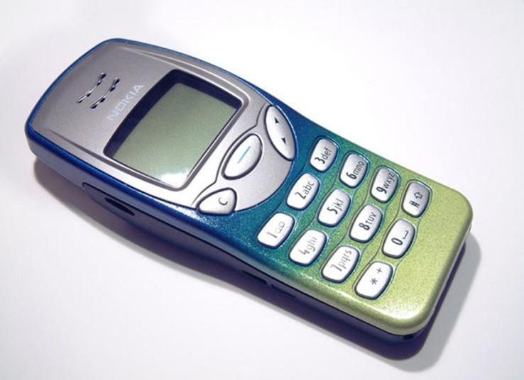 Nokia 3210 | Fecha de lanzamiento: 1999 | Millones de unidades vendidas: 150