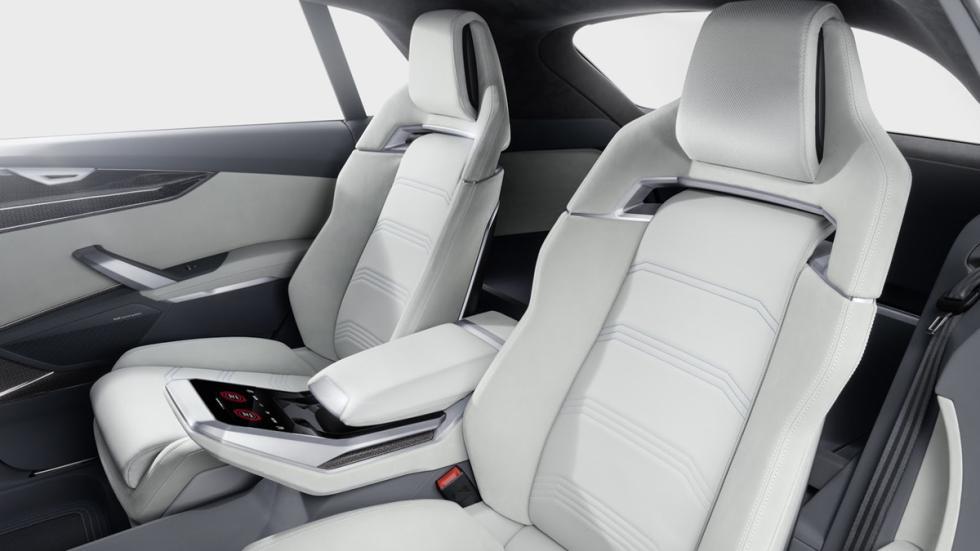 Audi Q8 Concept  interior asientos traseros