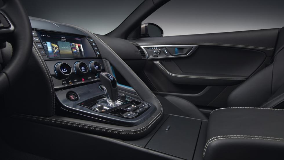 Jaguar F-Type 2017 detalle salpicadero