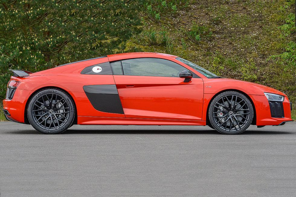 Comparativa: Audi R8 V10 Plus vs Corvette Z06 y Nissan GT-R
