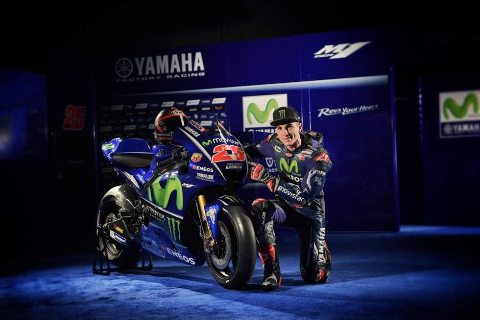 Movistar-Yamaha-MotoGP-2017-10