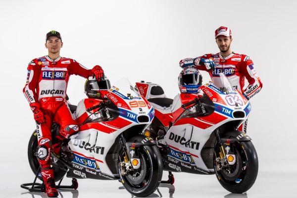 Presentacion-Ducati-MotoGP-2017-10