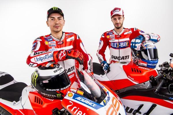 Presentacion-Ducati-MotoGP-2017-11