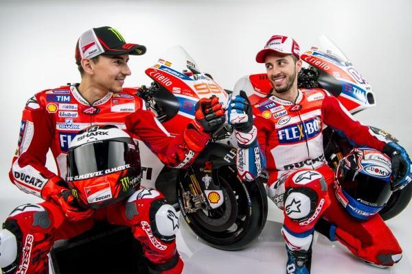 Presentacion-Ducati-MotoGP-2017-12