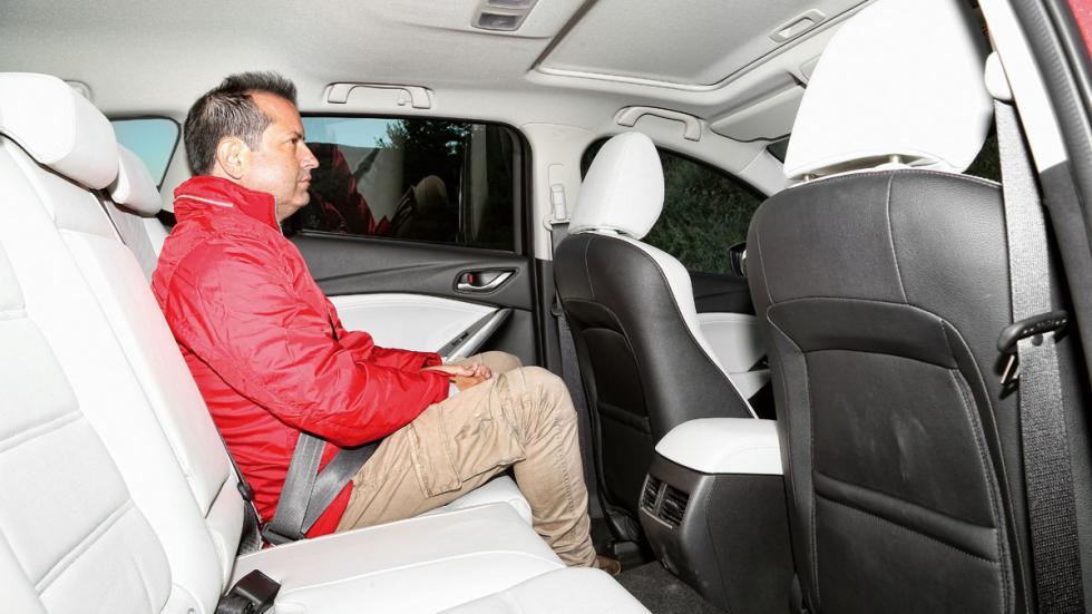 Comparativa Mazda 6 Wagon plazas traseras