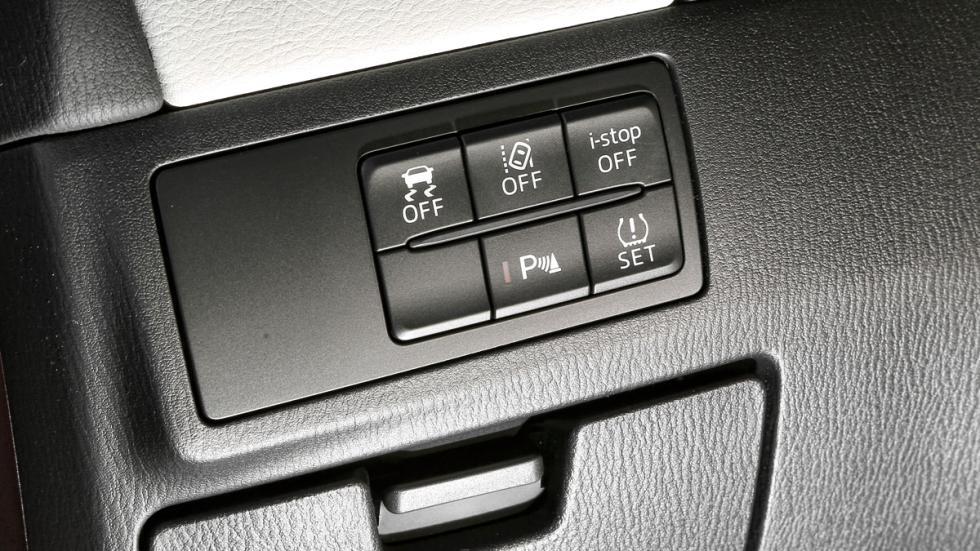 Comparativa Mazda 6 Wagon detalle botones