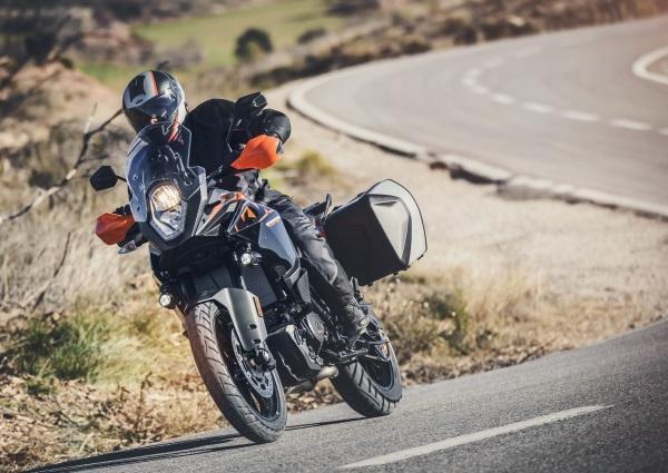 Prueba-KTM-1090-Adventure-2017-4