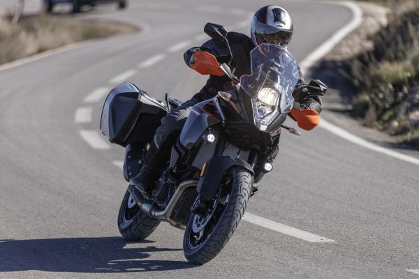 Prueba-KTM-1090-Adventure-2017-9