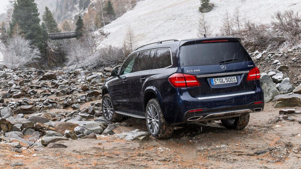 rivales-land-rover-discovery-2017-Mercedes-GLS-zaga