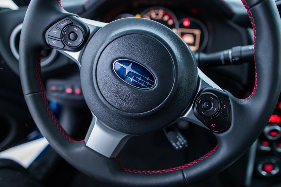 Subaru BRZ 2017 volante