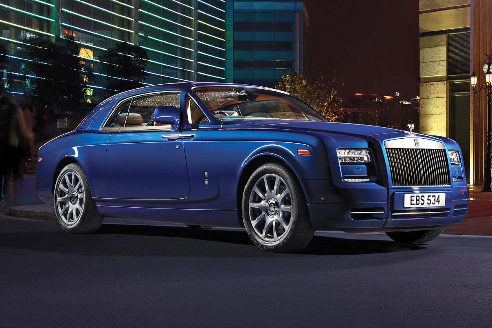 Y por supuesto, tiene su Rolls-Royce Phantom. Ha declarado varias veces que es f