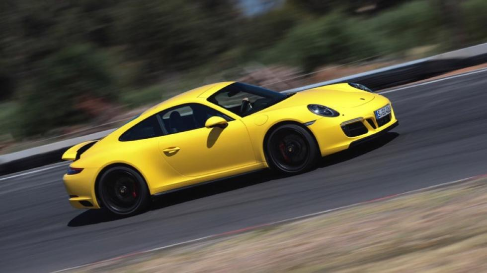 Porsche 911 Carrera GTS Coupe 2017 letaral