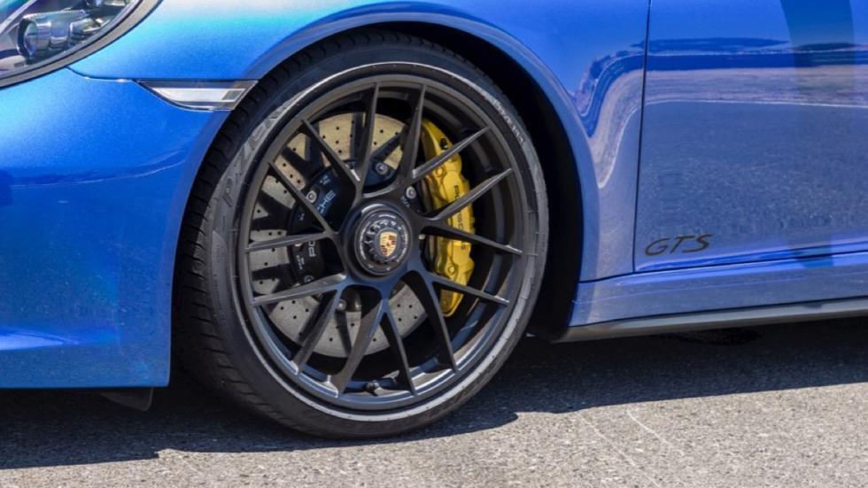 Porsche 911 Carrera GTS Coupe 2017 llanta