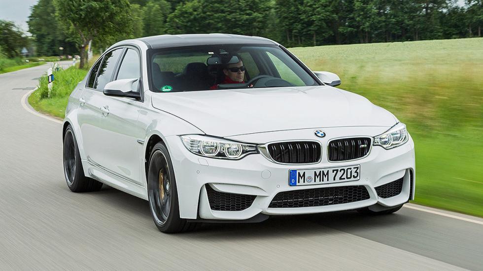 33: BMW M3. 0-200 km/h: 13,7 s.