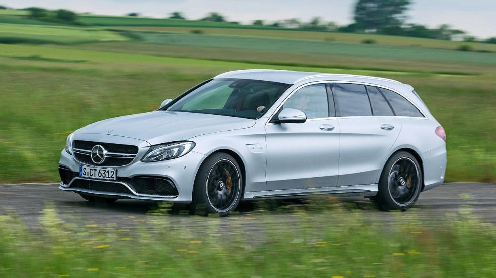 22: Mercedes-AMG C 63 S T. 0-200 km/h: 12,7 s.