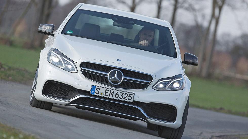 17: Mercedes-AMG E 63 S. 0-200 km/h: 11,9 s.