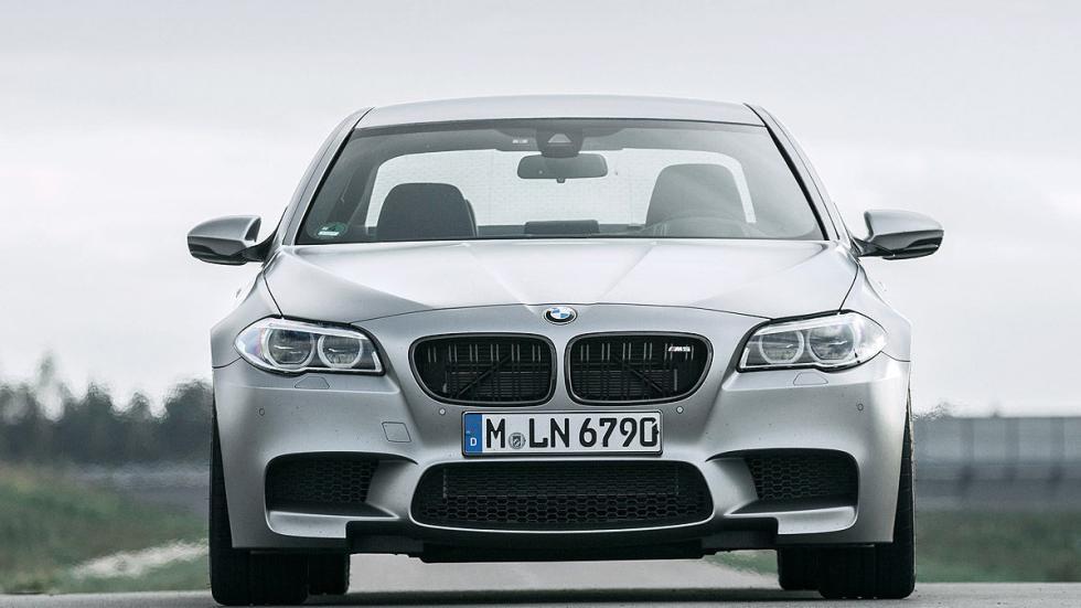 15: BMW M5. 0-200 km/h: 11,8 s.