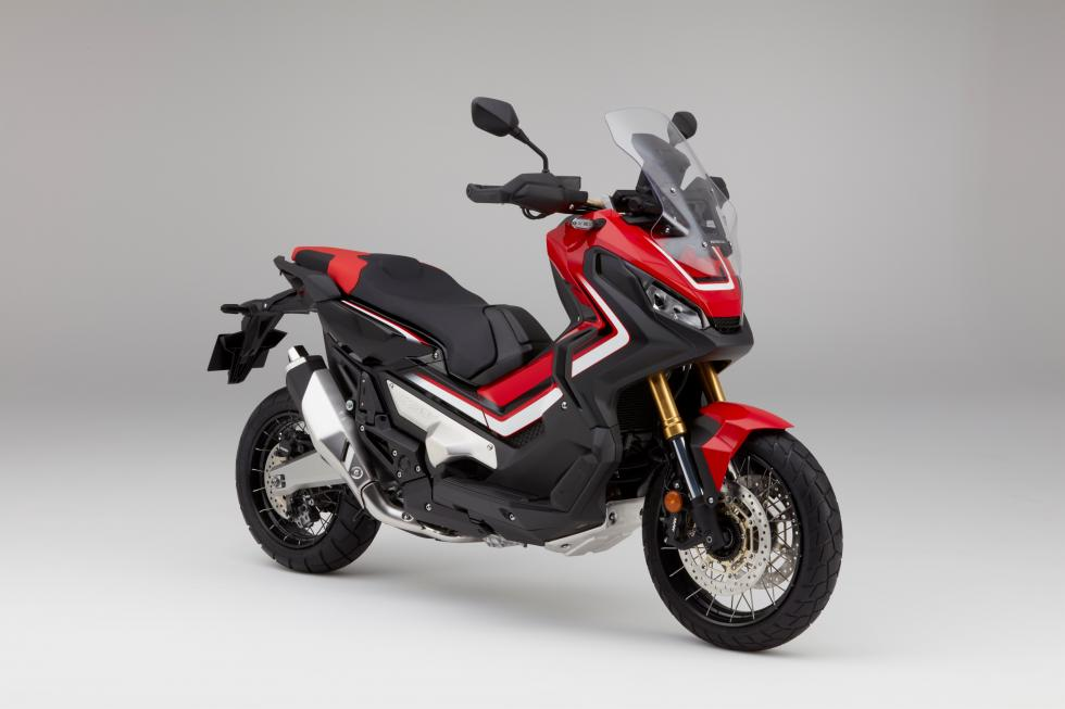 Nuevo Honda X-ADV, en el EICMA 2016: ya conocemos su precio