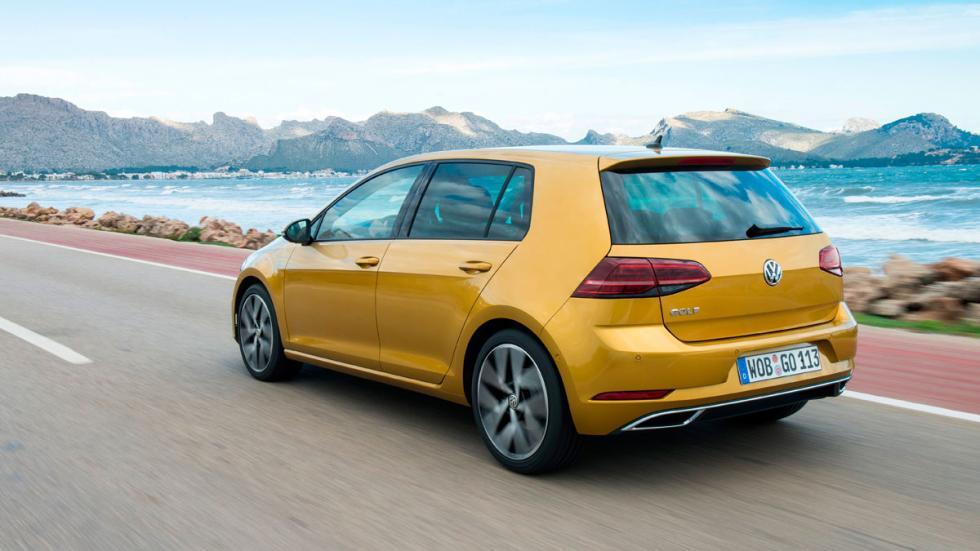 Volkswagen Golf 2017 trasera