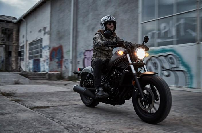 Honda-Rebel-500-2017-4